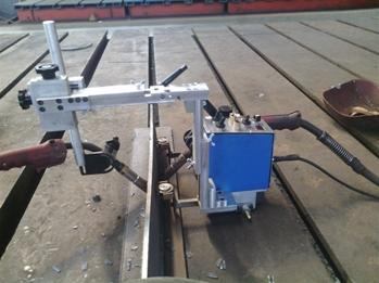 躍鴻博KA-H4雙面雙槍角焊接小車