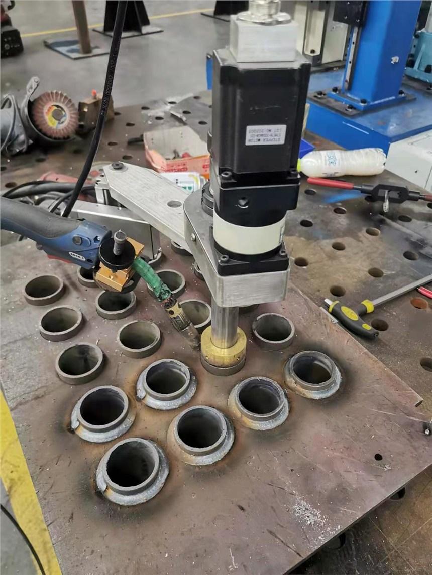 青島躍鴻博PLC-GB氣體保護管板焊接小車