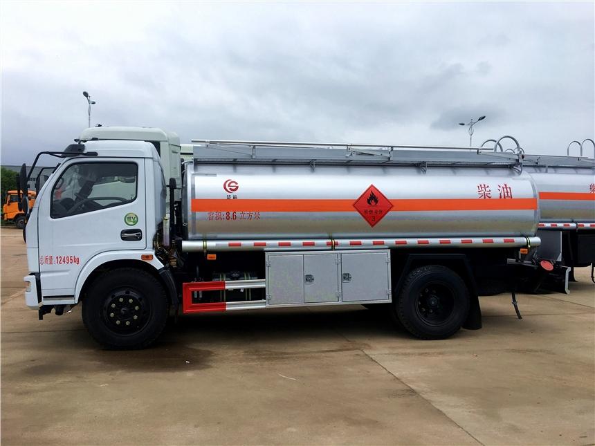 5吨油罐车 8吨油罐车价格