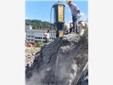 巖石礦場開采用什么設備開采的快擴石機擴石器江西