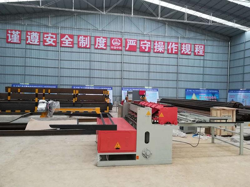 大型建筑网焊网机设备介绍
