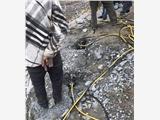 榆中县小型人工操作开石头机器裂石价位