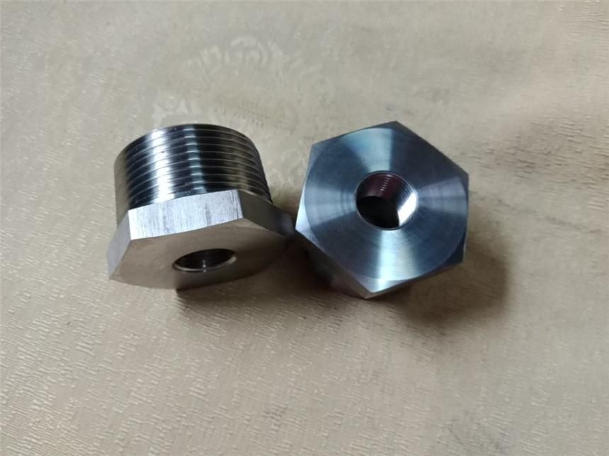 不銹鋼內外螺紋補芯