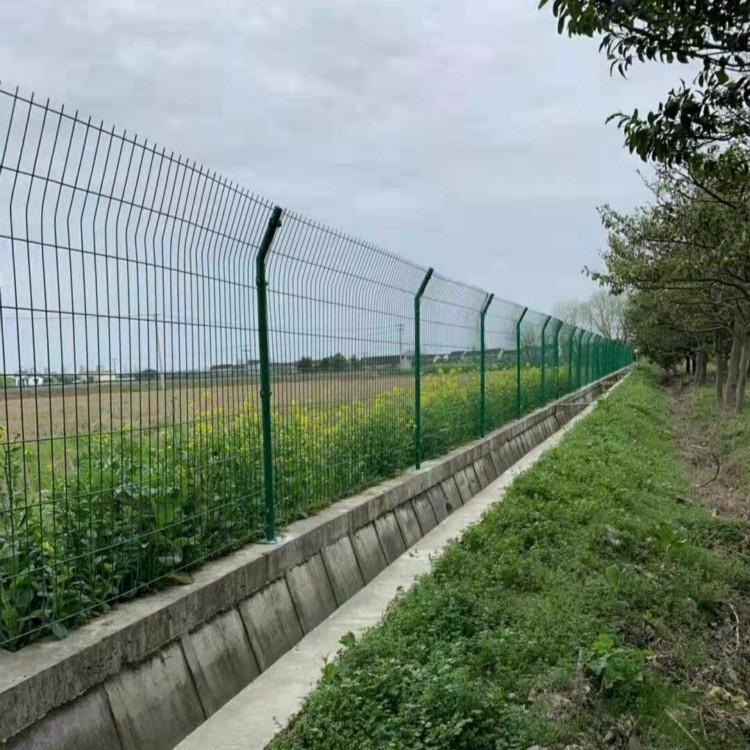果園山地圍欄網浸塑鐵絲網養殖圍網圈地圍網