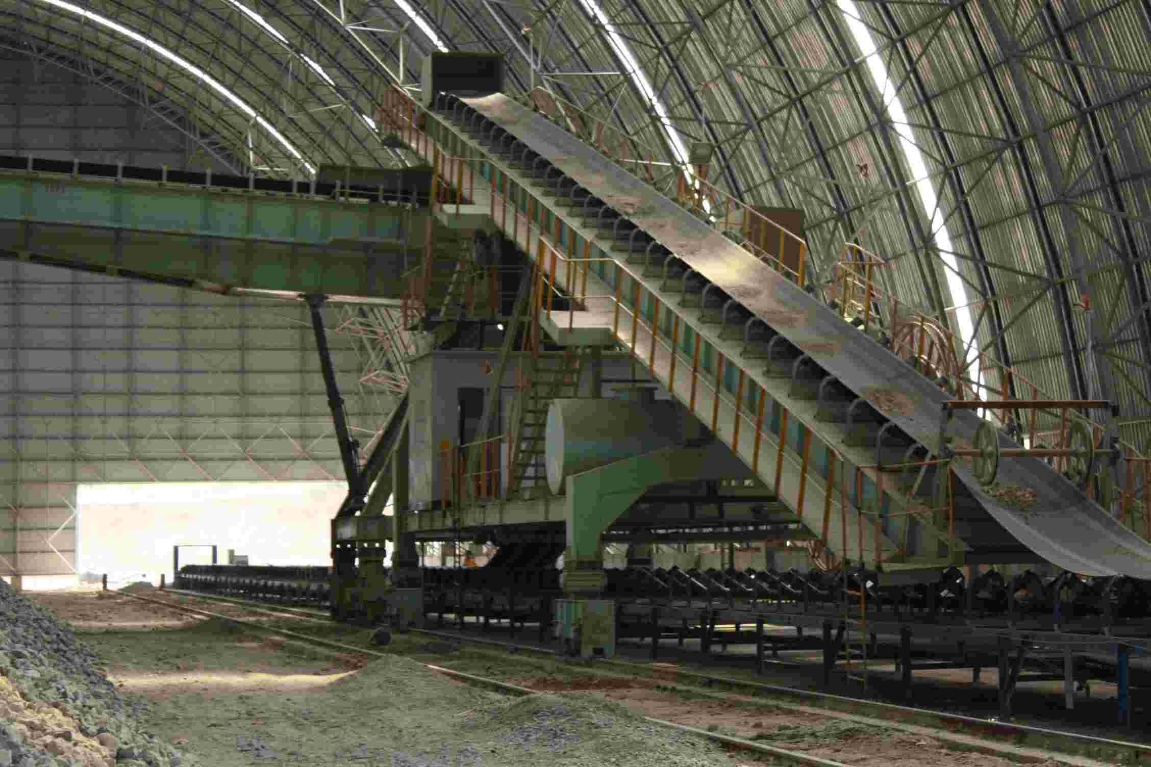 煤礦大傾角皮帶輸送機-傳送機-膠帶機