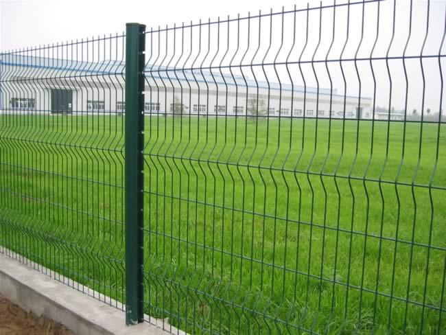 桃型立柱护栏网