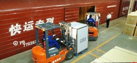 机器人托运行李