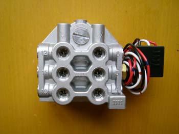 工业设备自动润滑系统