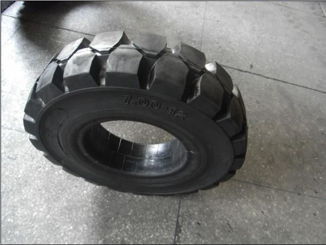 叉车实心轮胎厂家