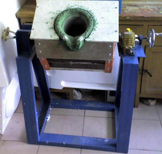 供应中频炉洛阳万乐生产的各种规格中频炉