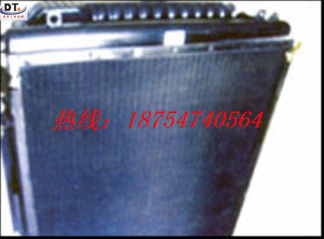 小松挖掘机PC200-7水箱 现货质保