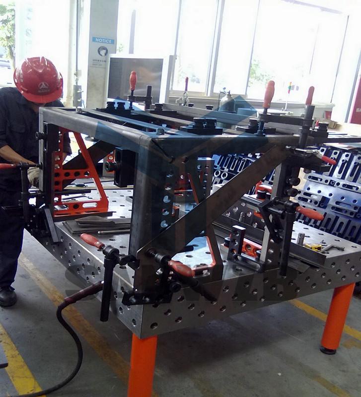 柔性工装夹具,焊接工装夹具,机器人柔性组合焊接工装夹具