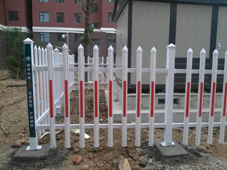 武汉PVC护栏_PVC塑钢护栏_小区 草坪 变压器防护栏