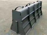 隔离墩钢模具厂家生产制造   预制隔离墩钢模具厂家价格