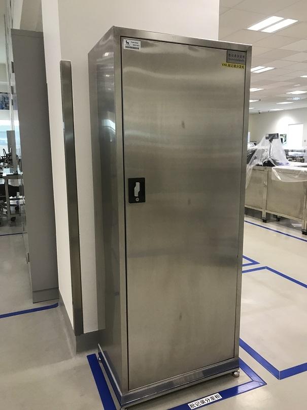 天津不锈钢医院用储物柜 带层板置物柜 生产定做厂家-华奥西