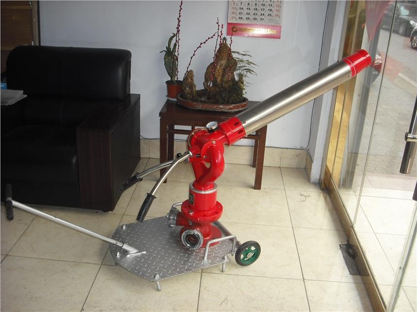 河北移动式泡沫/水两用消防炮制造企业 PL24-PL32 定做加工 石化标准